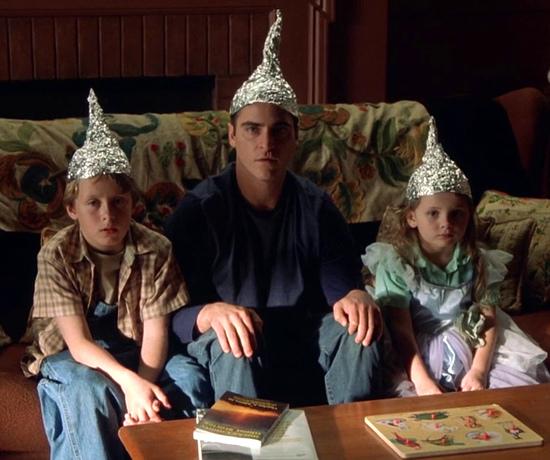 signs-foil-hats