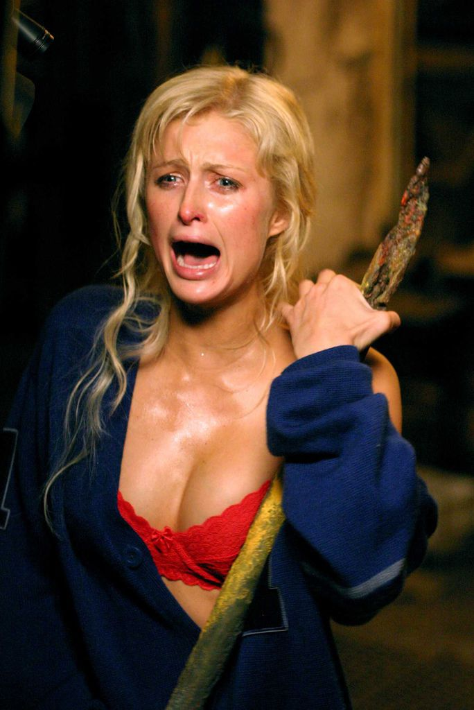 house-of-wax-paris-hilton-bra-boobs