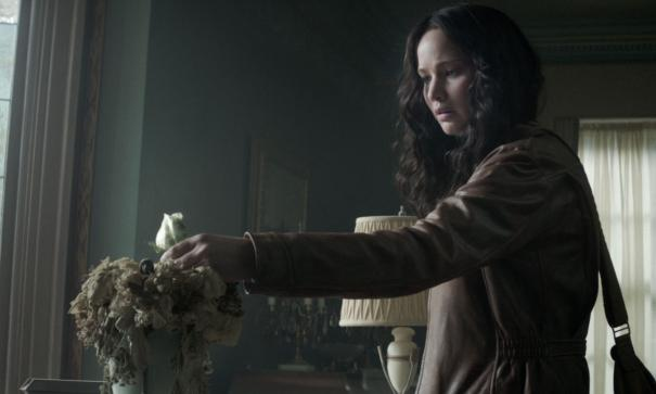 The_Hunger_Games__Mockingjay_-_Part_1_55