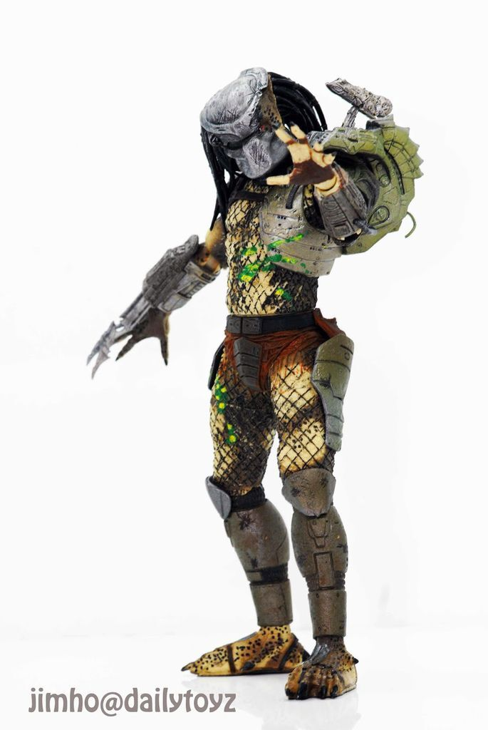 Neca Battle damaged Predator 2