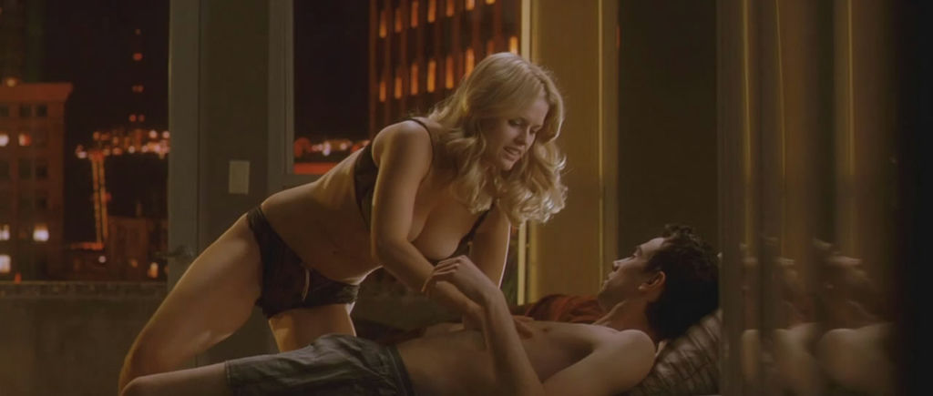Alice Eve - Shes Out of My League_4.jpg