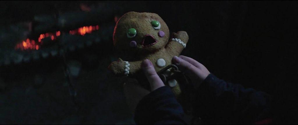 Making-Of-Krampus-Gingerbread-2