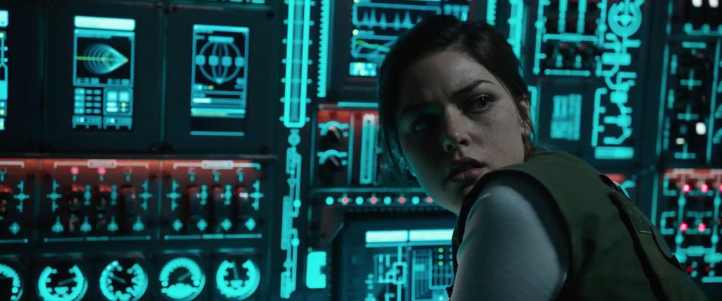 .callie-hernandez-in-alien-covenant-2017-large-picture(2017年10月10日).jpg