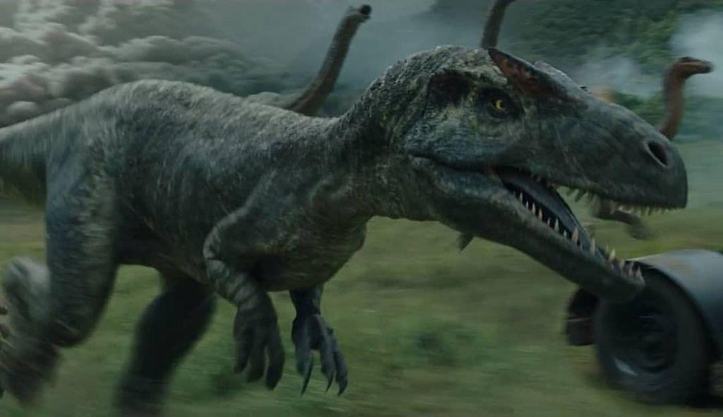 .jurassic-world-2-fallen-kingdom-roarivores-allosaurus-D_NQ_NP_726786-MLA27733295341_072018-F(2018年7月15日)