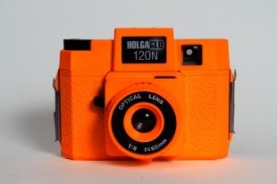 Holag_120N_Holgaglo_Orange_front_1.jpg