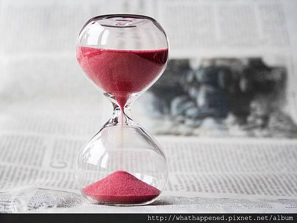hourglass-620397_960_720.jpg