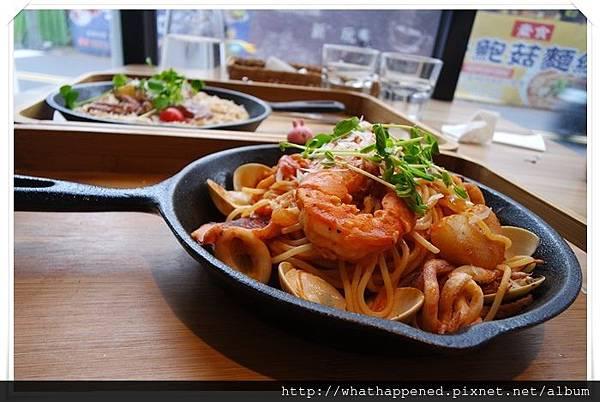 蘆洲 美食- 心玩義餐廳