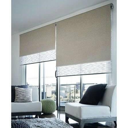 又到了每日窗簾美學的分享時間了~今日要分享的是捲簾的應用~捲簾為現代簡約設計越來越常使用的窗簾種類,一層不透光,一層透光,即可用有兩種光線需求,素面與雅緻線條的搭配,讓視