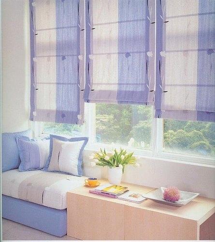 羅馬簾窗台.jpg