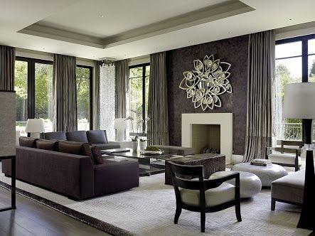 與主牆面做深淺色系搭配窗簾