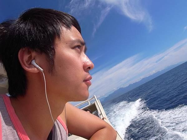 只能聽聽音樂看看海.JPG