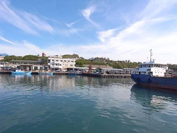 漁港外.JPG