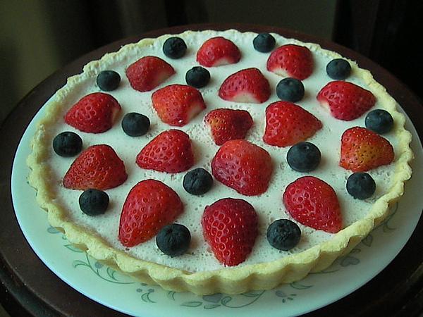 1000206煉乳草莓慕斯塔SANY0184.JPG