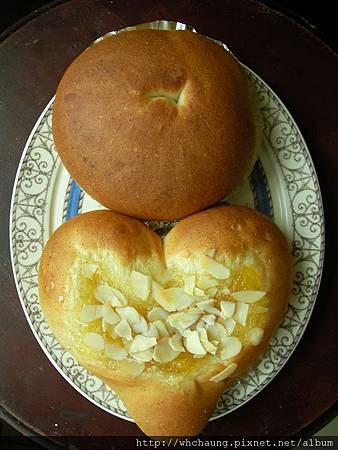 1010525小麥胚芽蜂蜜土司麵糰之圓形麵包SANY0080