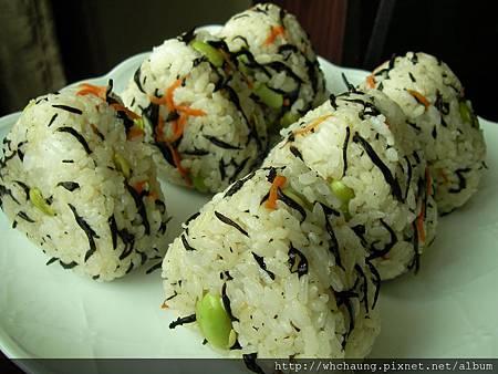 1010528毛豆鹿角菜飯糰SANY0093