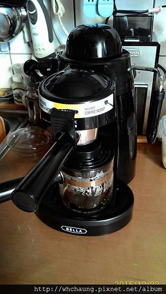 104.12.22義式咖啡機.jpg