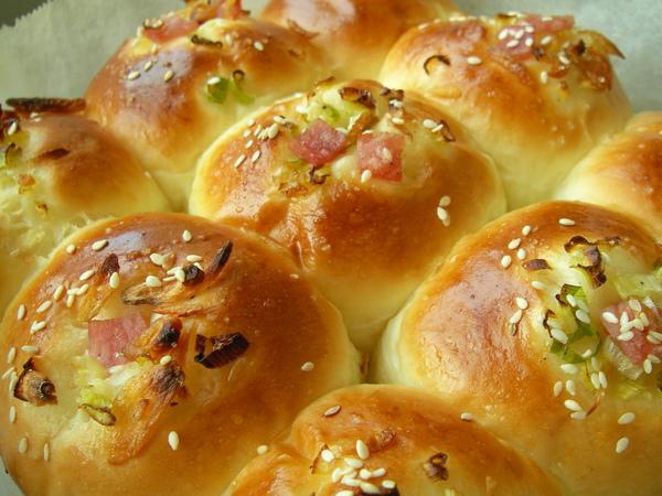 981224鹹麵包.JPG