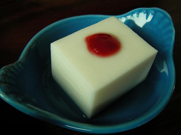 990719杏仁牛奶凍SANY0276 (3).JPG