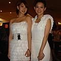 李亦捷與曾寶儀成為釜山影展台灣之夜全場的鎂光燈焦點