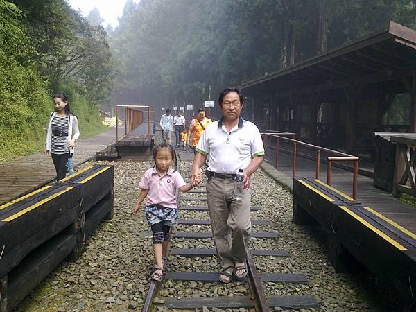 20110712阿里山家族旅遊~神木車站