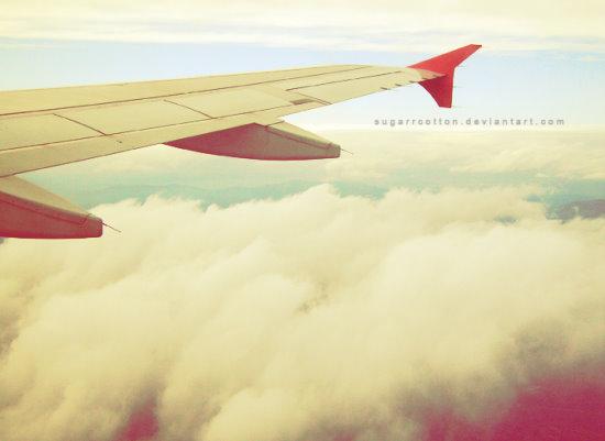 Aeroplane_by_sugarrcotton.jpg