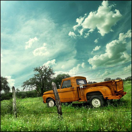 Truck_Of_Yonder_by_er0k.jpg