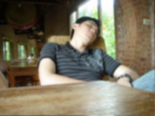 華陶窯。午睡