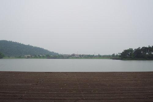 梅花湖。陰天