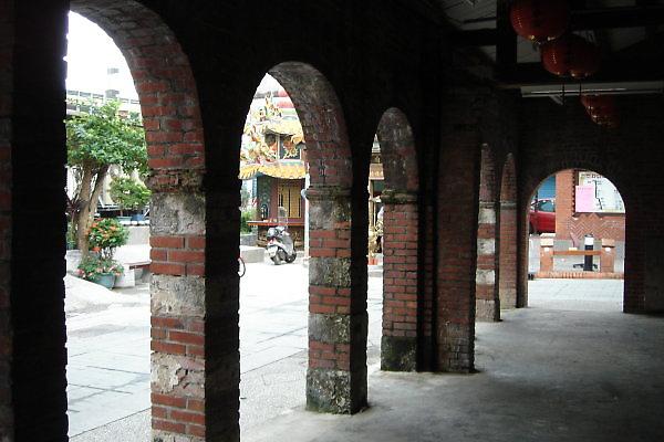頭城老街。廊
