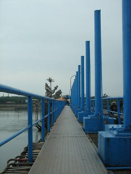 冬山河自行車道。水闡