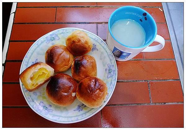 早餐一個人可以吞6個!!........才怪XD