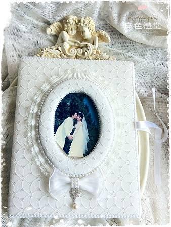 白色禮堂。Love Story結婚證書夾。,