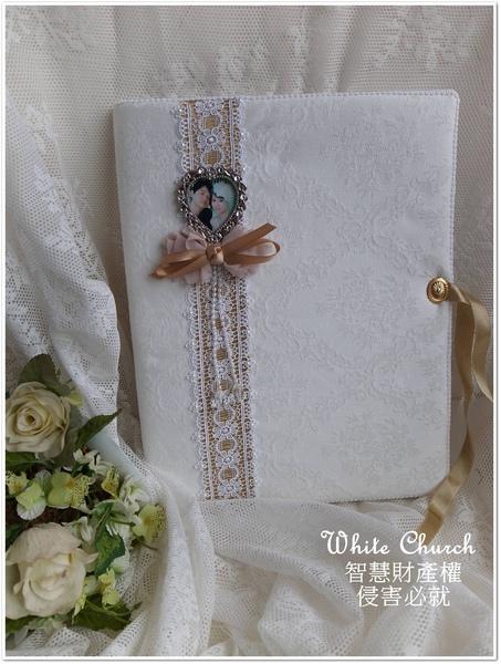 白色禮堂~99/10/25~True Heart系列~手作西式結婚證書夾(淺金)