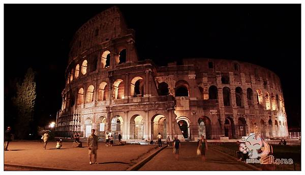 Italy Rome羅馬競技場(Piazza del Colosseo)夜景