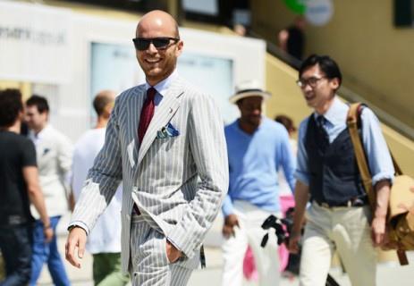 Luca-rubinacci-in-Striped-Suit-463x320