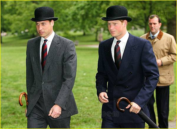 01-prince-harry-bowler-hat