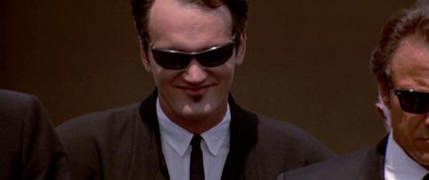 Reservoir-Dogs_Quentin-Tarantino_shoulders-jacket
