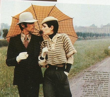Walter-Albini-1972-Completo-da-uomo-in-vigogna-e-pantaloni-scampanati-Tratto-da-Linea-Italiana
