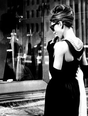 Audrey-Hepburn-hair-Hepburn-Audrey-Breakfast-at-Tiffanys