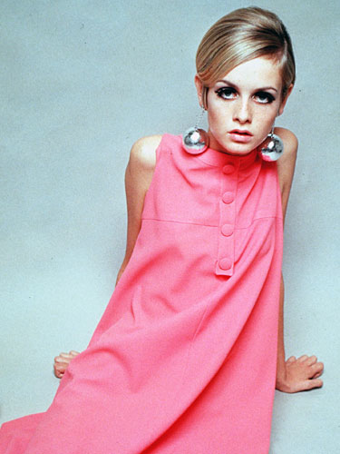 mcx-top-british-women-Twiggy-lgn