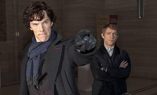 benedict-cumberbatch-sherlock-gloves