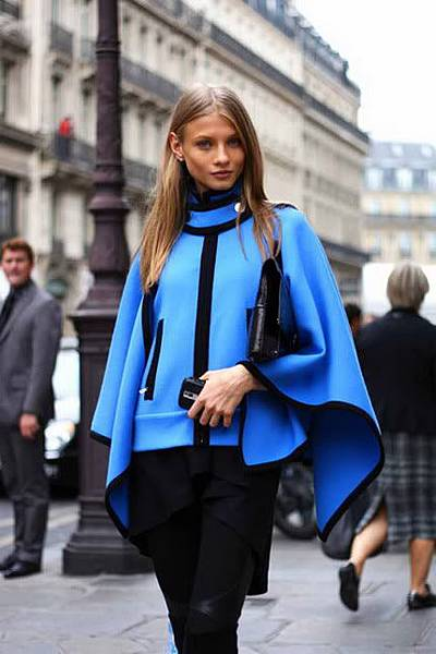 430-wool-cape-Paris-