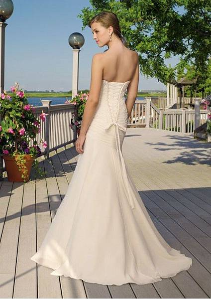 chiffon-sweetheart-rouched-bodice-in-mermaid-style-with-sweep-train-wedding-dress