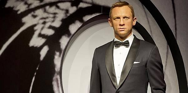 Skyfall-007-Tuxedo.jpg