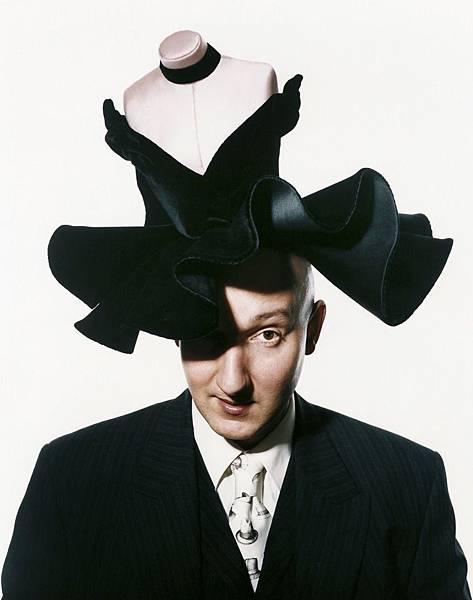 【Comme des Garcons】Stephen Jones Millinery (黑色禮帽)5.jpg