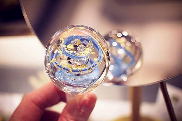 【La Cristallerie des Parfums】Topazus (靛彩青霓)6.jpg