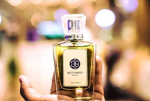 【Butterfly Thai Perfume】โคลนสาบควาย (泥濘的水牛)1.jpg