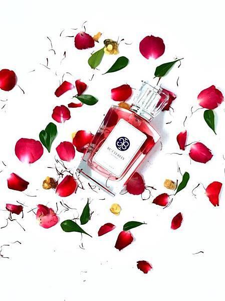 【Butterfly Thai Perfumes】กุหลาบมอญ (大馬士革玫瑰)5.jpg