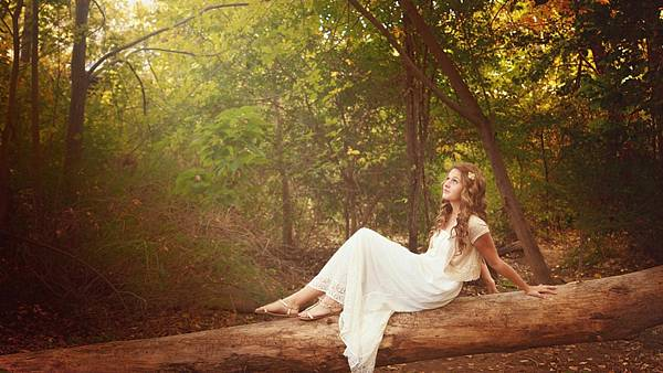 【Stephane Humbert Lucas 777】Panthea Iris (鳶尾女神)4.jpg