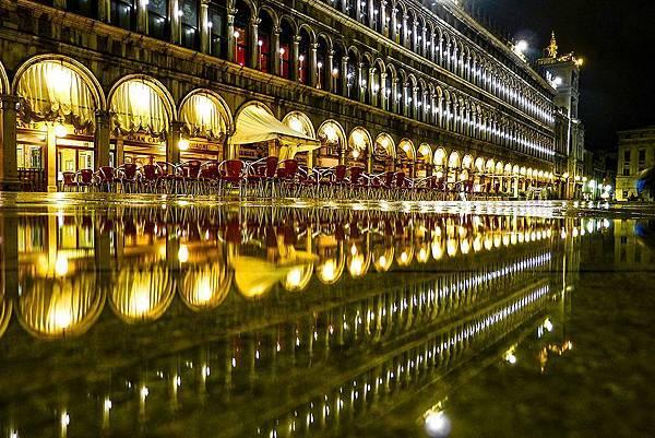 【The Merchant of Venice】Venezia Essenza Pour Homme (威尼斯男人的純粹)6.jpg
